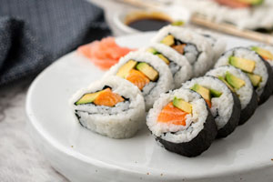 5 Ingredient Salmon & Avocado Sushi
