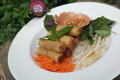Spring rolls with Noodle and Herbs